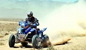 Patronelli en su cuatri2 300x176 Más de Medio Dakar