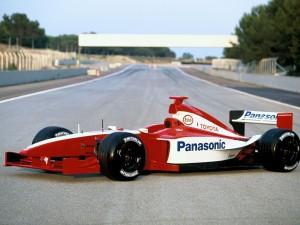 toyota formula 1 perfil 300x225 Fabricantes que han abandonado la F1